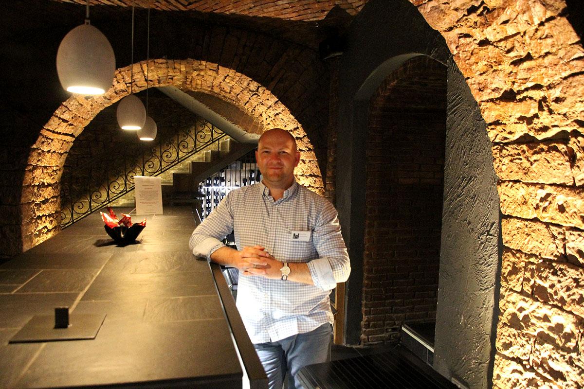 Nico Grobler in der Winebank Frankfurt